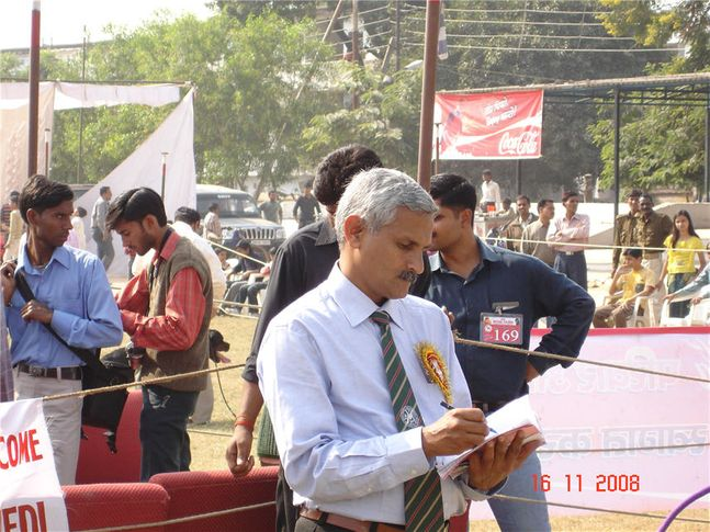 pawde,ground,people,, Bareilly Dog Show, DogSpot.in