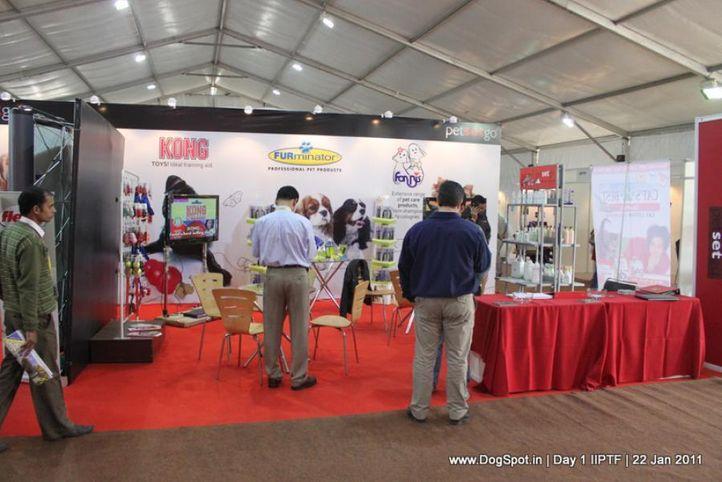 stalls,petsetgo, Day 1 IIPTF 2011, DogSpot.in