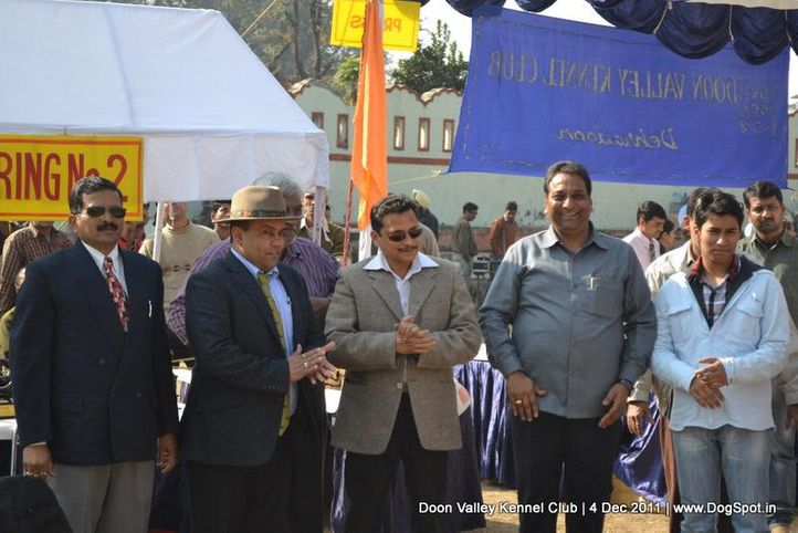 committee,people,sw-47,, Dehradun Dog Show, DogSpot.in