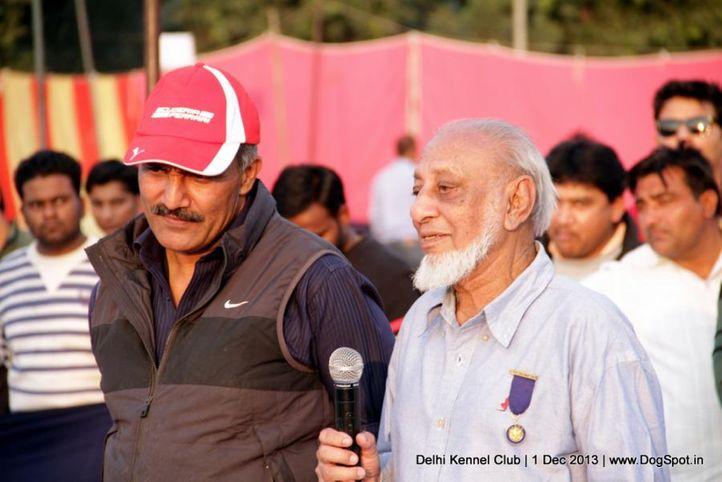 judge,people,ring steward,sw-98,, Delhi Dog Show 2013, DogSpot.in