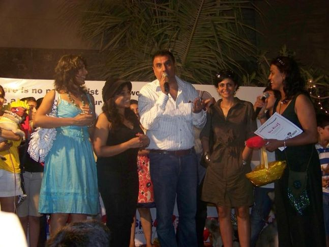 Boman Irani,Farzana Contractor,Fashion Show,Mandira Bedi,Pooja Bedi,, Dog A Fair May 2010, DogSpot.in