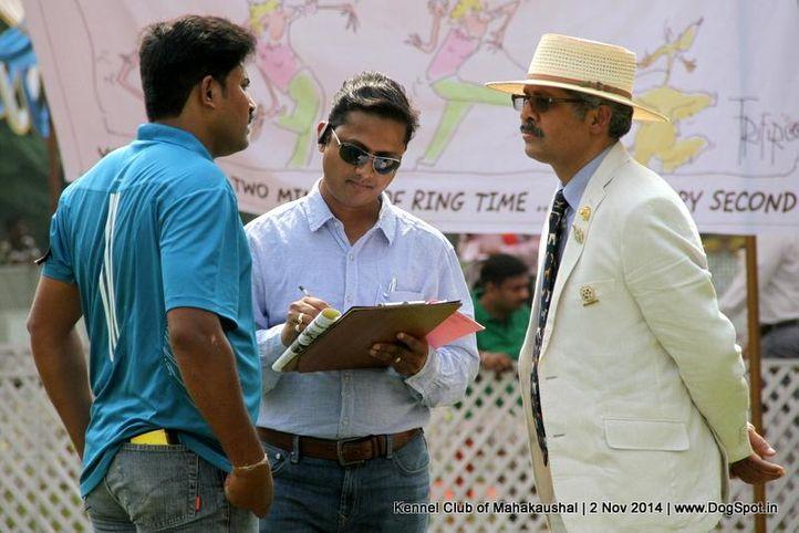 judge,sw-127,, Jabalpur Dog Show 2 Nov 2014, DogSpot.in