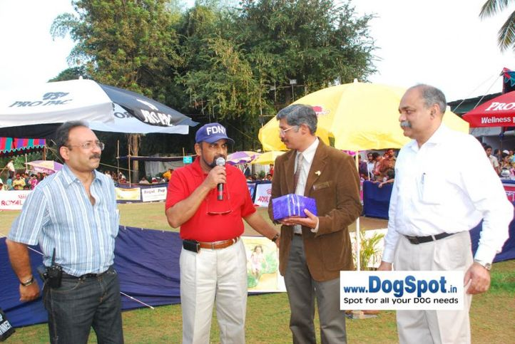 Judges, Ground, Committee, Pune 2010, DogSpot.in